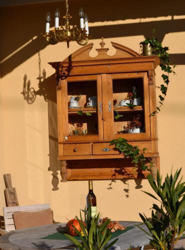 Ihr Sitzbereich vor dem Ferienhaus Bürgerhaus am Knappenhof Eichberg in den Weinbergen der Südsteiermark!
